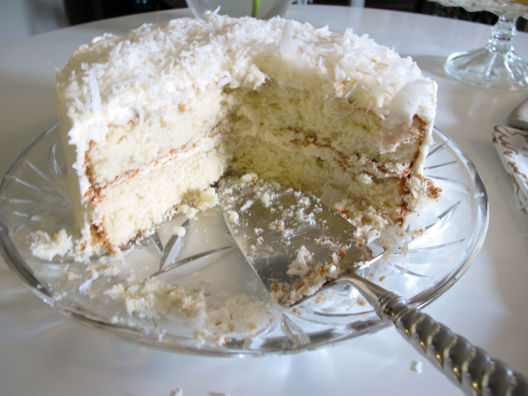 Snow White Coconut Cake-5