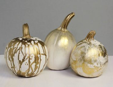Chic_Halloween_Painted_Pumpkins_7