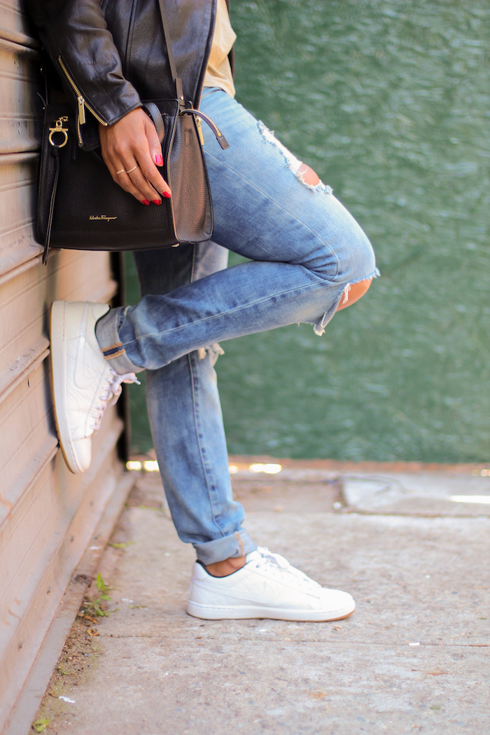 Tips-for-keeping-white-sneakers-bright-nicole-gibbons-4