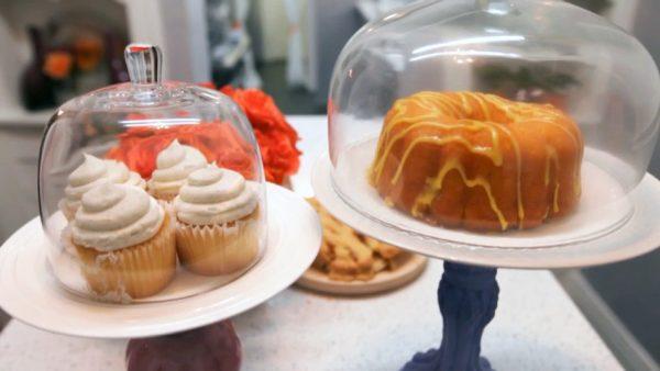 20160307-hms-509-web-vintage-cake-stands-949x534
