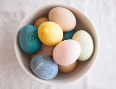 Naturally Dyed Easter Eggs_1