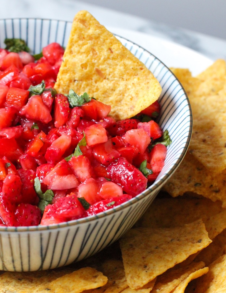 Delicious Strawberry Salsa Recipe 3