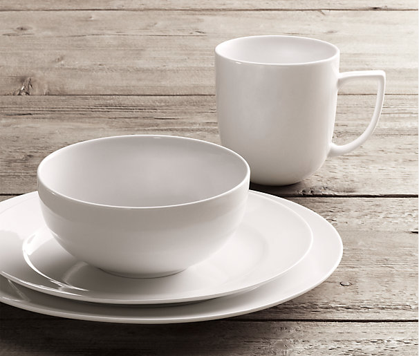 Chinese Porcelain Grand Rimmed 16-Piece Dinnerware Set with Cereal Bowl in White