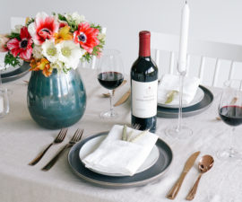 Friendsgiving Table Inspiration